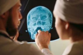 Способы пластики костного дефекта черепа