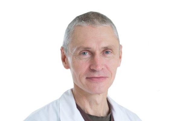 Доктор Уйманов Виктор Алексеевич