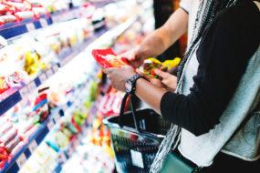 Рак из пакетика. Как обработанные продукты в рационе влияют на развитие рака?