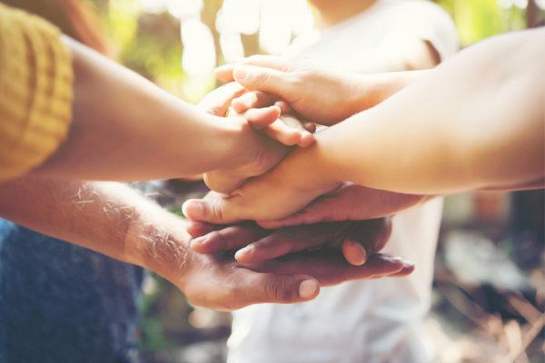 Как поддержать друга, заболевшего раком?