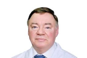 Профессор Смирнов Владимир Вячеславович