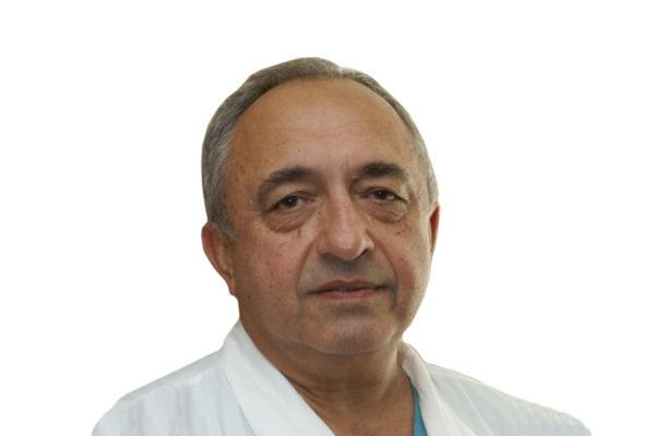 Профессор Акчурин Ренат Сулейманович
